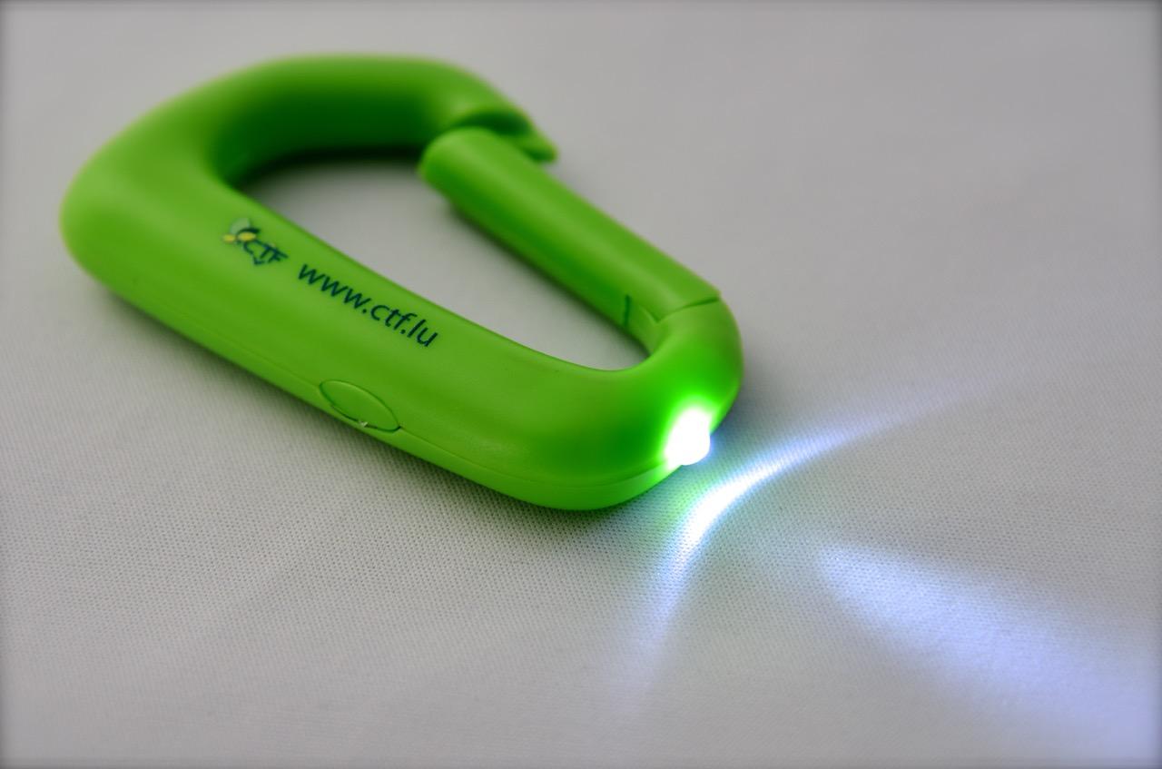 CTF Karabiner Taschenlampe